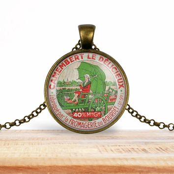 Vintage product label photo pendant - Camembert le delicieux - foodie necklace, francophile necklace
