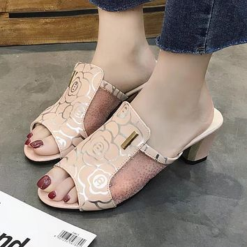 New side net diamond leather pattern flower ladies sandals and slippers