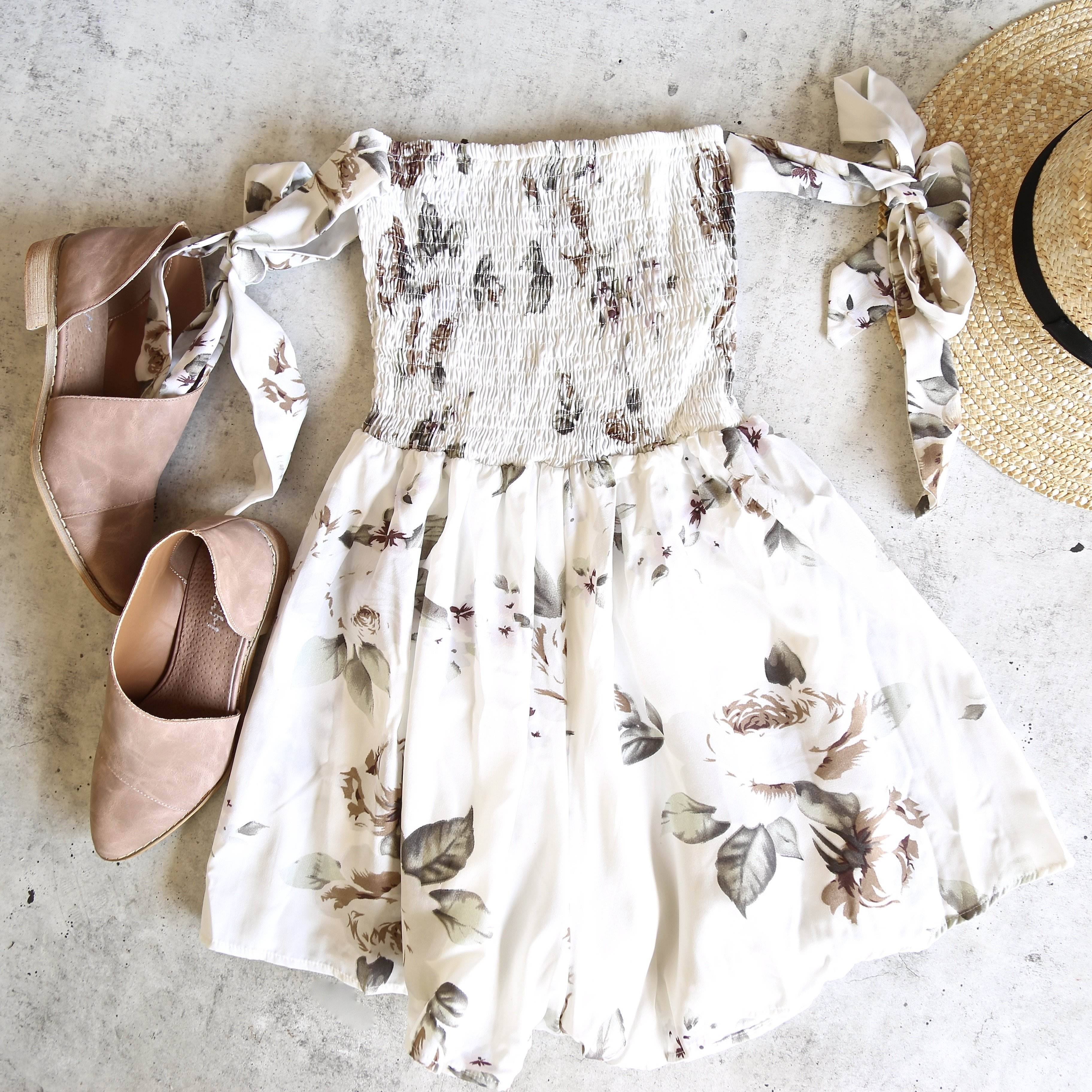 Image of Reverse - Pretty Little Thing Romper in White Rose Print
