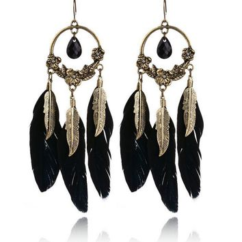 Casual Bohemia Carved Feather Earring