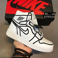 AIR JORDAN 1 Tide brand high men and women fashion versatile sports running shoes White