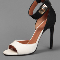GIVENCHY NABUK AND NAPPA LEATHER SANDAL ON A 10,5 CM HEEL AND WITH A SHARK TOOTH CLOSURE