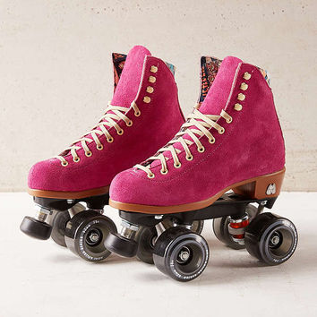 Moxi Leather Roller Skates   Urban Outfitters