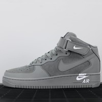 Nike Air Force 1 Mid sports shoe men