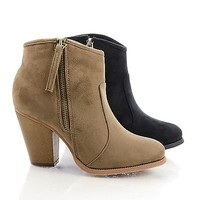 Romane1 Zip Up Chunky Heel Ankle Bootie