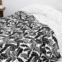AEO APT Full/Queen Comforter Set, Multi