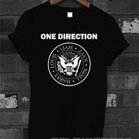 one direction shirt 1D ramones logo t-shirt printed black and white unisex size  (DL-23)