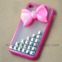 Pink Bow Iphone 4 case, Iphone 4S case, Silver stud Iphone 4 case with pink bow, Hot Pink frame hard clear back iphone case