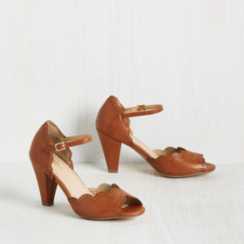When Life Gives You Lessons Heel in Caramel | Mod Retro Vintage Heels | ModCloth.com