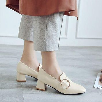 Women Pearl Mid Chunky Heels Shoes