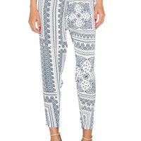 Finders Keepers Take A Walk Pant in Bandana Light
