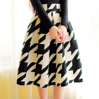 Black and White Vintage High-Waisted Midi Skirt
