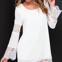 Cantering Clouds Ivory Lace Long Sleeve Dress