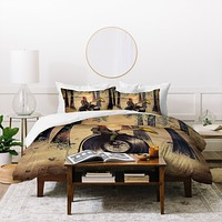 Viviana Gonzalez Music man in the forest Duvet Cover