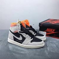 Air Jordan 1 Neutral Grey 555088-018