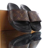 Louis Vuitton LV classic casual home beach sandals for men women trendy slippers sandals Shoes