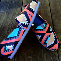 NOW 30% OFF!!! Tribal Psychedelic Aztec Hand-Painted Toms shoes! Free Shipping!