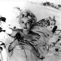 Marilyn Monroe in Bed - 8x10 Photograph High Quality