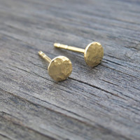 4mm Gold Stud Earrings 14k Gold filled Simple Hammered Round Post Earrings, Gold Jewelry, Dot Pebble Stud, Valentine's Gift For Her