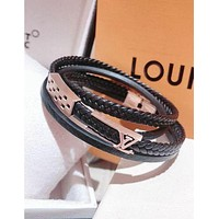 LV Louis Vuitton Trending Women Men Stylish Three Laps Leather High End Couple Stainless Steel Bracelet Hand Catenary