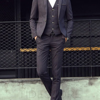 Howard Slim Fit Three Piece Suit