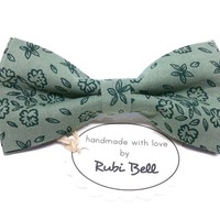 Bow Tie - floral bow tie - wedding bow tie - light green bow tie dark green flower pattern - man bow tie - men bow tie - gifts for him
