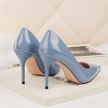 THE PATENT PUMP CLASSIC