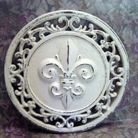 Fleur de lis Ornate Decorative Cast Iron Round Circular Plaque in Off White (Cream) Distressed Wall Decor French Decor, Paris, Shabby Chic