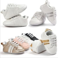New Romirus Spring baby moccasins infant anti-slip PU Leather first walker soft soled Newborn 0-1 years Baby shoes