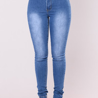 Isabella High Waisted Skinny Jeans - Medium Wash