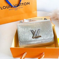 LV Louis Vuitton Fashion New Leather Chain High Quality Crossbody Shoulder Bag Women Pink