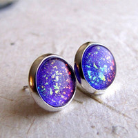 Violet Explosion 10mm Post Earrings]