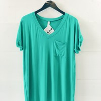 Lucca Pocket Tee- Kelly Green