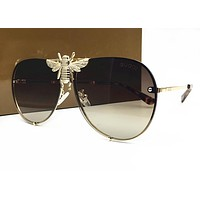 Gucci Sunglasses - 2245 / Frame: Shiny Olive Lens: Brown Gradient