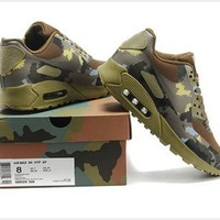 Mens Nike Air Max 90 Hyperfuse M90HY091