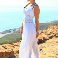 CHASING SUNLIGHT MAXI DRESS IN WHITE