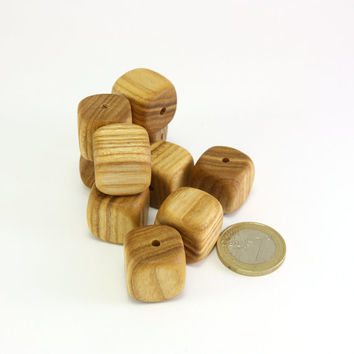 Square wooden beads - 0.7in (18mm) - Natural handmade beads - Set of 10 ash wood beads (S0047)