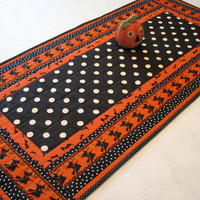 "Halloween Table Runner, Halloween Decor, 18.25"" X 38"""
