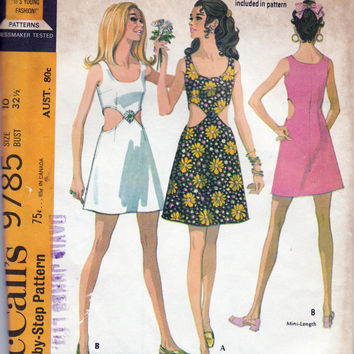 1960s Mod Cut Out Dress Vintage Sewing Pattern McCall's 9785 Size 10 Bust 32 1/2