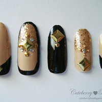 3D Bling Fake Nail Set - Nude, Black, & Gold Glitter Nails with Studs
