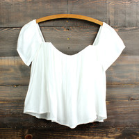 gypsy off the shoulder crop top | white