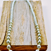 Mint Green Glass Pearl Necklace, Mint Pearl and Crystal Necklace, Simple Graduated Pearl Necklace, Mint Green Necklace, Trendy Pearls
