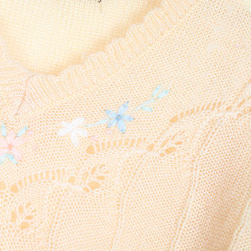 Vintage 1970s Sweater Thin Peachy Beige Pastel Floral Embroidered Needlepoint Hippie Puff Shoulder Pointelle Sweater Jumper XS Extra Small S