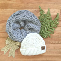 White Tahoe Knit CC Beanie Gift Set in Gray