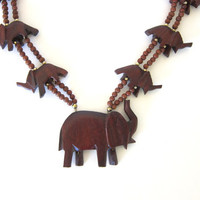 20% OFF SALE Vintage wooden necklace. beaded necklace. Elephant necklace. chunky beads. boho.