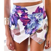 Flower printed  irregular shorts