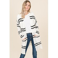 Double striped pattern sweater cardigan with pockets