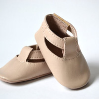 Handmade soft sole leather baby shoes / Baby girl sandals / Baby girl summer shoes / Beige pink baby girl sandals.