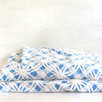 Vintage blue and white Floral Chenille Bedspread