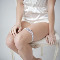 Crystal and lace modern garter - style 3204